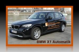 Behindertengerechtes Fahrschulfahrzeug BMW X1